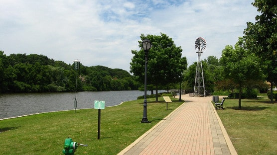 What the Riverwalk along the Fox River looks like near Batavia, Ill. (Photo by Chris Phan/flickr)