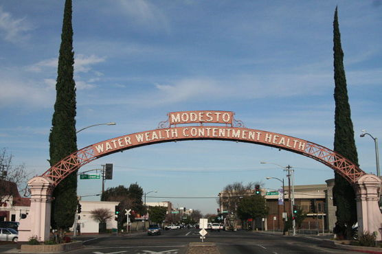 The Modesto Arch in Modesto, Calif. (Photo by Wikimedia)
