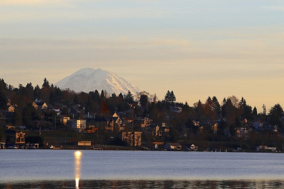 Mount Rainier as seen from Mercer Island, Washington. (Photo by Brad Greenlee/flickr)