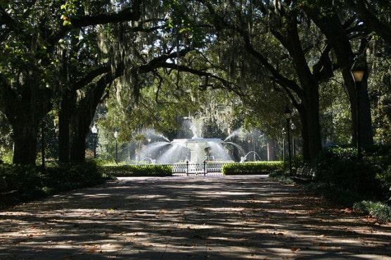 The Forsyth Park Fountain in Savannah, Ga. (Photo by rjones0856/flickr)