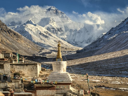 Mount Everest base camp and Rongbuk monastery. (Photo by Göran Höglund/flickr)
