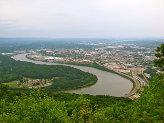 View of downtown Chattanooga and the Tennessee River from nearby Lookout Mountain. (Photo by Jeff Gunn/flickr)