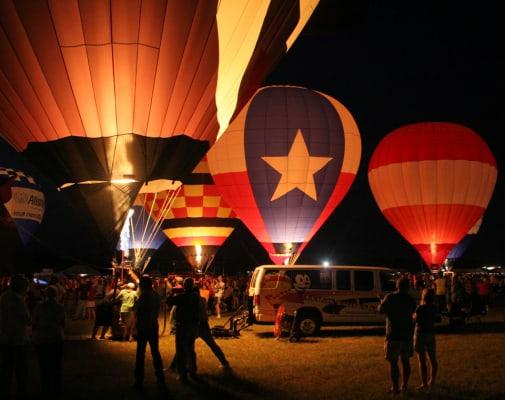 The Great Texas Balloon Race in Longview, Texas, taken in 2008. (Photo by Eaglegrafix/Wikimedia)