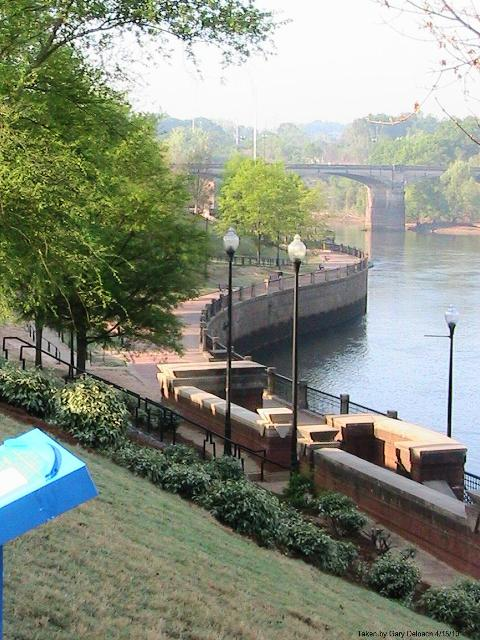 A section of the Chattahoochee Riverwalk in Columbus, Ga. (Photo by Wikimedia)