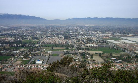 A view of Fontana, California, as seen from nearby Mount Jurupa. (Photo by Wikimedia)