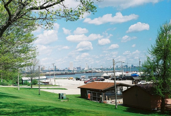 Milwaukee's South Shore Park, where the race start/finish line lies. (Photo by Tim Femal/flickr)
