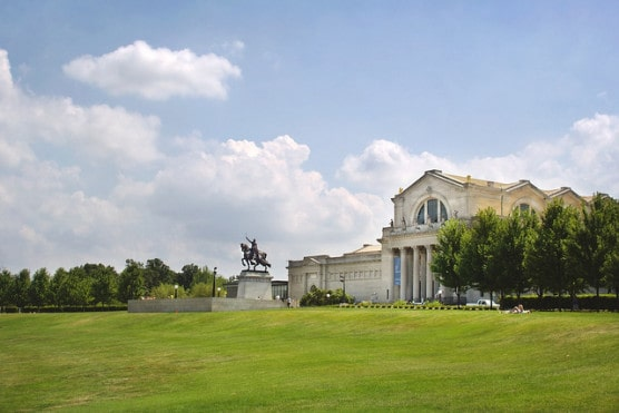 The St. Louis Art Museum in Forest Park. (Photo by Bettina Woolbright/flickr)