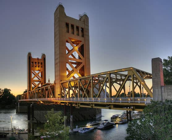 589px-tower_bridge_sacramento_edit