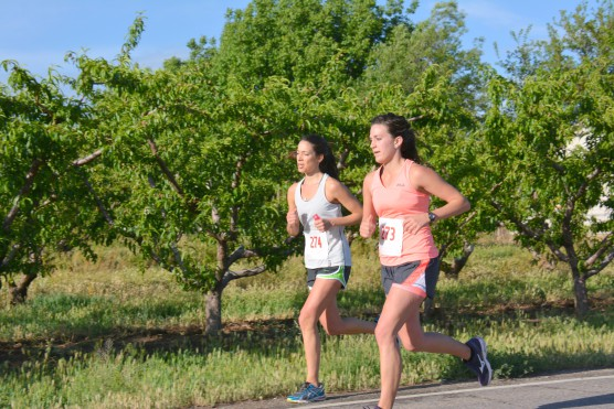 Runners enjoying the race at the Grand Valley Half Marathon