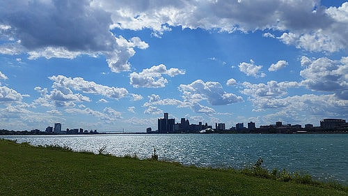A view of downtown Detroit from Belle Isle Park. (Photo by Drew Tarvin/flickr)