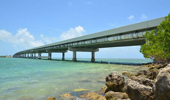 The Overseas Highway in Islamorada, Fla. (Courtesy Wikimedia Commons)